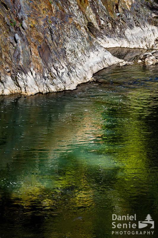 Quechee Water Light